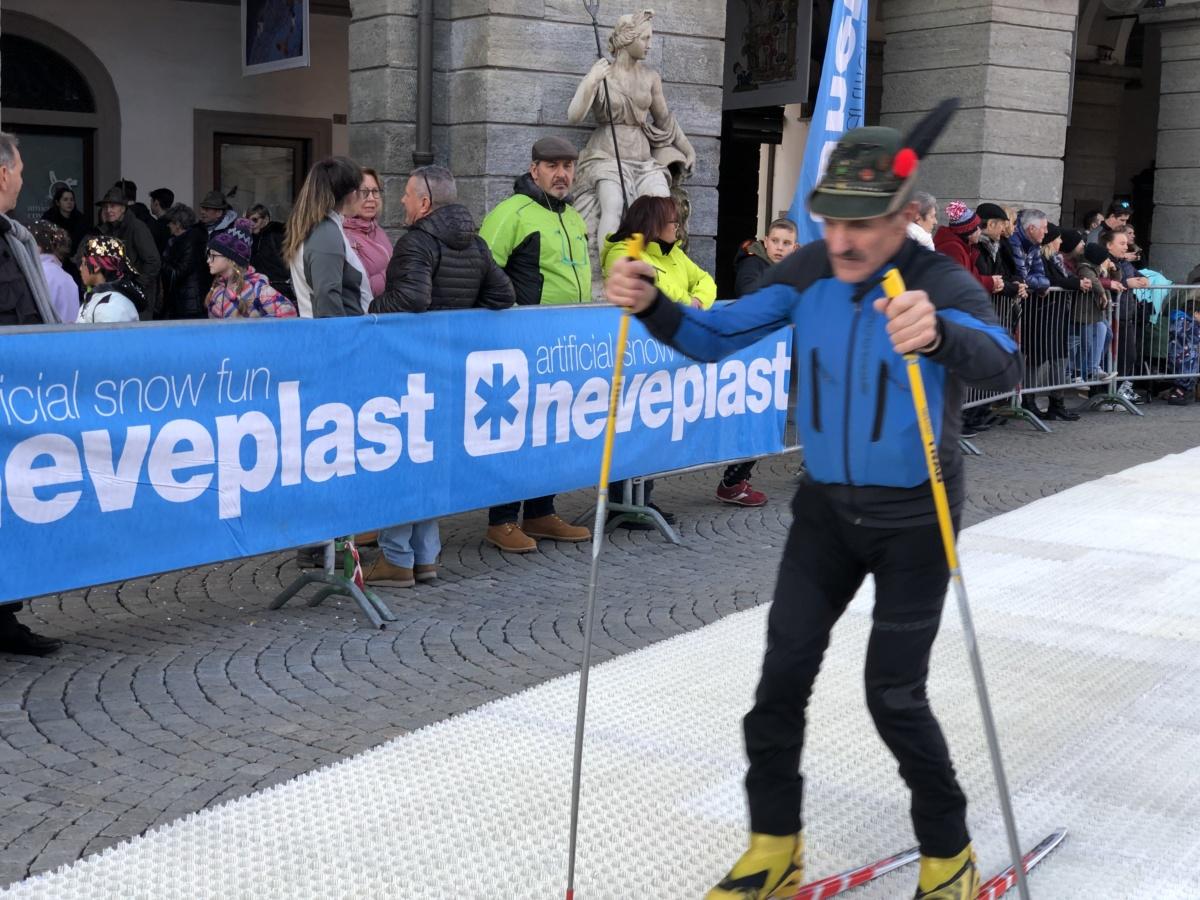 ALPINIADI: il biathlon con Neveplast dà spettacolo nel centro di Aosta.