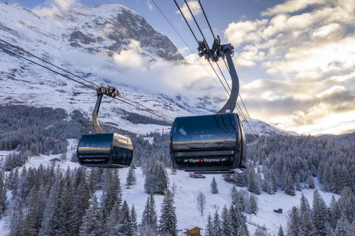 Una spettacolare cabinovia trifune per il ghiacciaio dell'Eiger