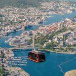 """Con la funivia Garaventa sulla vetta più alta delle """"7 mountains"""" a Bergen, Norvegia"""